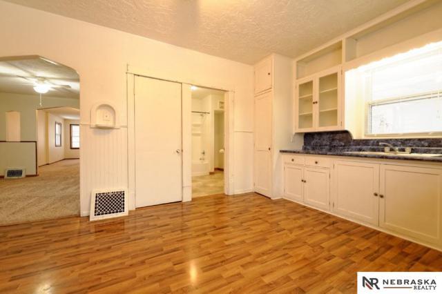 4106 U Street, Omaha, NE 68107 (MLS #21900964) :: Omaha Real Estate Group