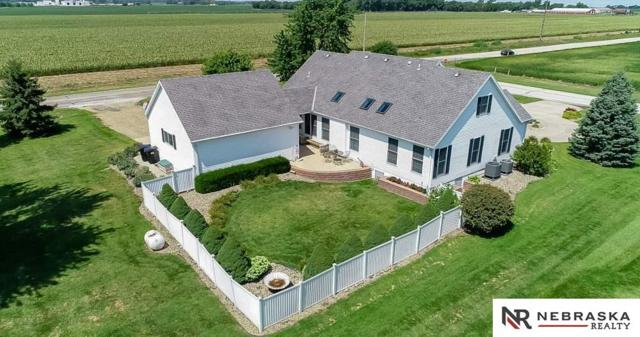 28721 State Street, Valley, NE 68064 (MLS #21900967) :: Nebraska Home Sales