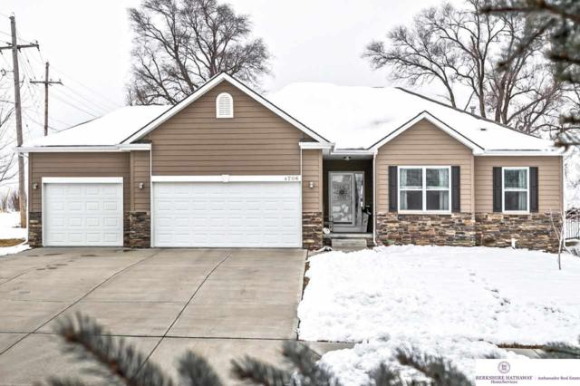 4706 Sheridan Road, Papillion, NE 68133 (MLS #21901051) :: The Briley Team