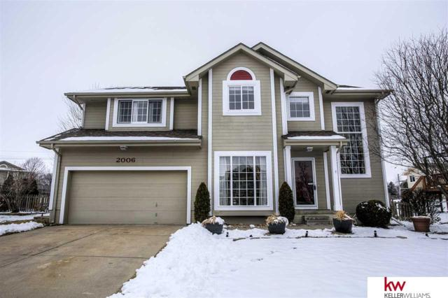2006 Queen Drive, Papillion, NE 68046 (MLS #21901069) :: Five Doors Network