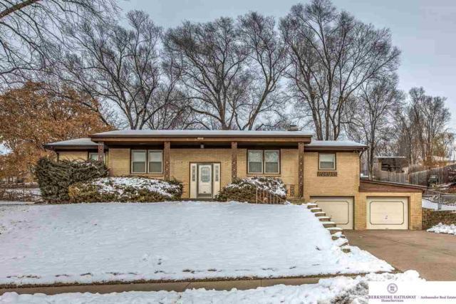 9212 Grand Avenue, Omaha, NE 68134 (MLS #21901100) :: Nebraska Home Sales
