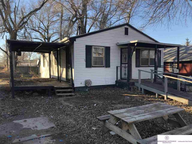 5914 N 40th Street, Omaha, NE 68111 (MLS #21901156) :: Nebraska Home Sales