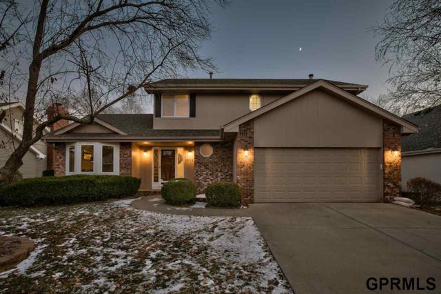 16027 Davenport Street, Omaha, NE 68118 (MLS #21901696) :: Omaha Real Estate Group