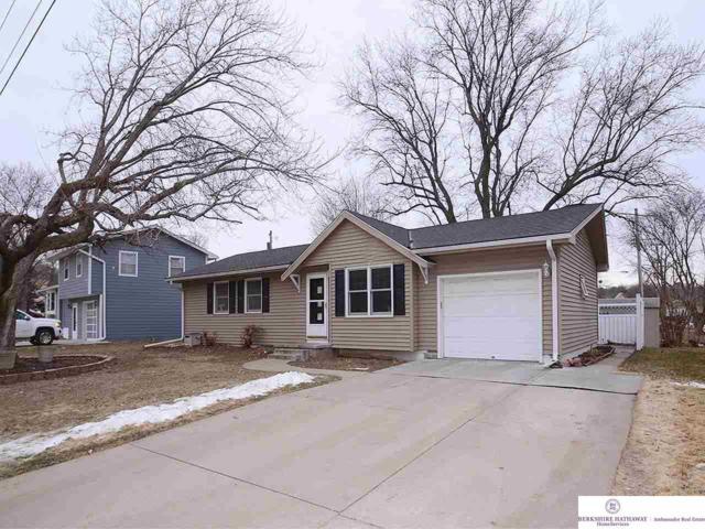 10952 Prairie Hills Drive, Omaha, NE 68144 (MLS #21901785) :: Omaha Real Estate Group