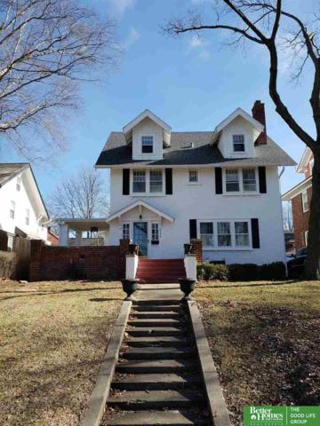 111 S 52nd Street, Omaha, NE 68132 (MLS #21901845) :: Omaha's Elite Real Estate Group