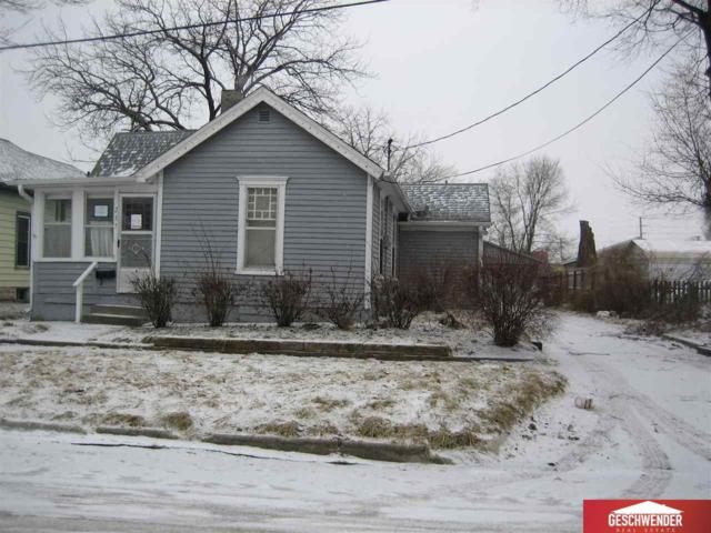 237 15 Avenue, Council Bluffs, IA 68114 (MLS #21902178) :: Omaha's Elite Real Estate Group