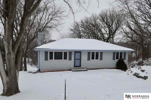 2214 Beaver Lake Boulevard, Plattsmouth, NE 68048 (MLS #21902323) :: Dodge County Realty Group
