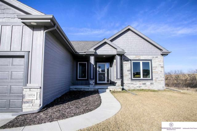 16934 Potter Street, Bennington, NE 68007 (MLS #21903113) :: Omaha's Elite Real Estate Group