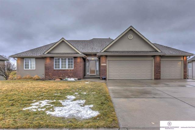 17113 Oakmont Drive, Omaha, NE 68136 (MLS #21903575) :: Complete Real Estate Group