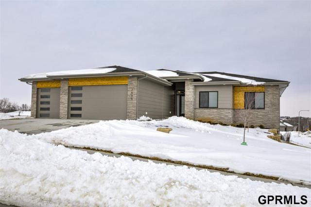2505 N 185 Street, Elkhorn, NE 68022 (MLS #21903670) :: The Briley Team