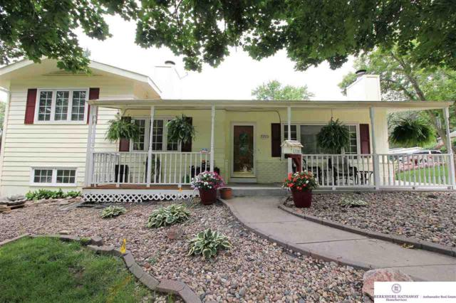 7703 Sunset Drive, Ralston, NE 68127 (MLS #21903797) :: Complete Real Estate Group
