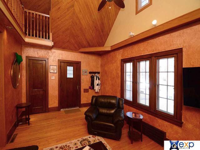 507 N 47th Street, Omaha, NE 68132 (MLS #21903938) :: Nebraska Home Sales