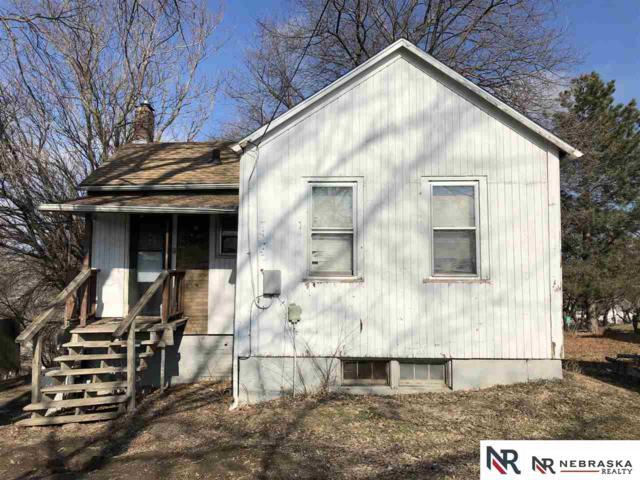 3905 S 14th Street, Omaha, NE 68107 (MLS #21903951) :: Nebraska Home Sales