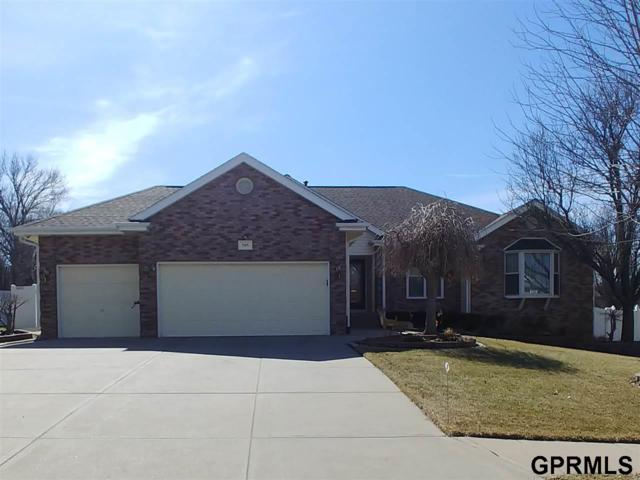505 Fox Creek Lane, Papillion, NE 68046 (MLS #21904022) :: Five Doors Network