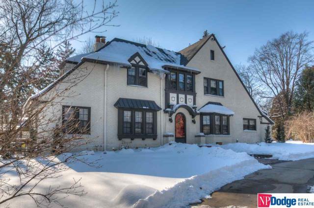 8315 Loveland Drive, Omaha, NE 68124 (MLS #21904066) :: Nebraska Home Sales