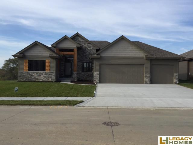 5820 S 239th Street, Elkhorn, NE 68022 (MLS #21904079) :: The Briley Team