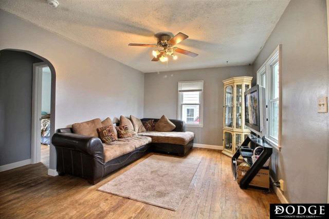 1024 E 8th Street, Fremont, NE 68025 (MLS #21904138) :: Five Doors Network