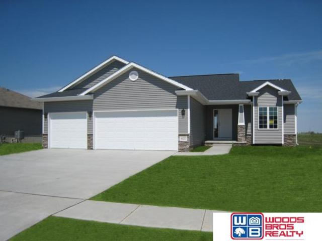 1809 N East Avenue, York, NE 68467 (MLS #21904977) :: The Briley Team