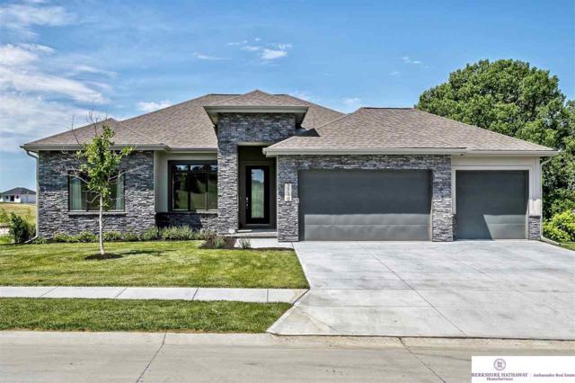 18708 California Street, Omaha, NE 68022 (MLS #21905015) :: Nebraska Home Sales