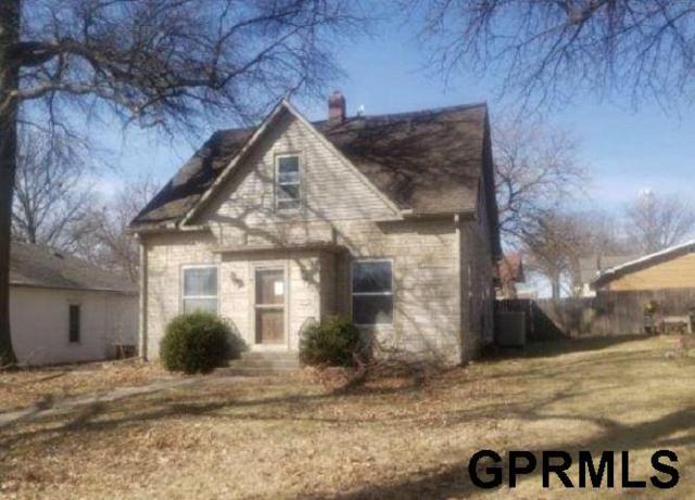 421 N 8Th Street, Beatrice, NE 68310 (MLS #21905396) :: Dodge County Realty Group