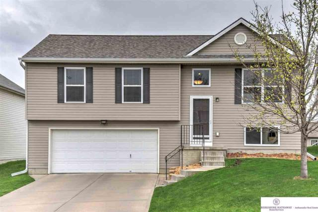 19622 U Street, Omaha, NE 68135 (MLS #21906623) :: Omaha's Elite Real Estate Group
