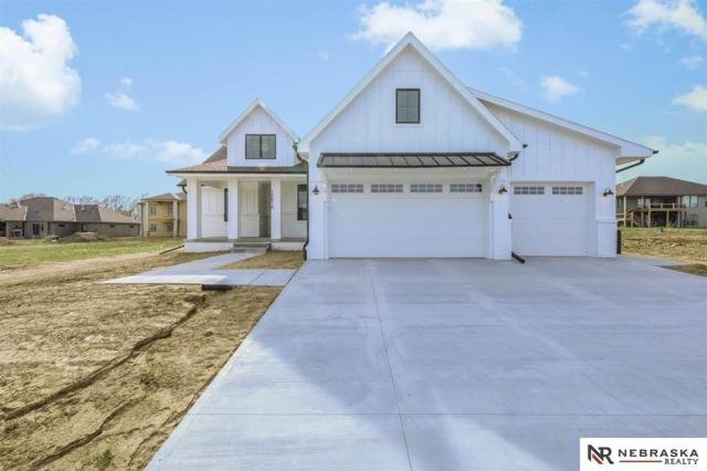 10814 S 175th Avenue, Omaha, NE 68136 (MLS #21906638) :: The Briley Team