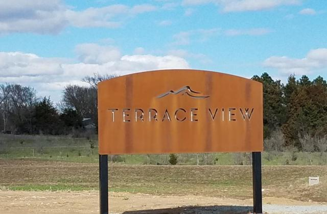 902 Terrace View Drive, Hickman, NE 68372 (MLS #21906667) :: Nebraska Home Sales