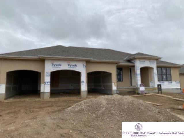 10815 S 176 Street, Omaha, NE 68136 (MLS #21906799) :: Complete Real Estate Group