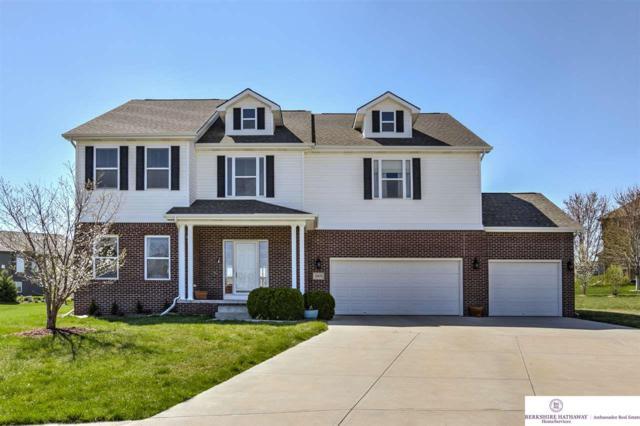 19470 Washington Circle, Omaha, NE 68135 (MLS #21906870) :: Nebraska Home Sales