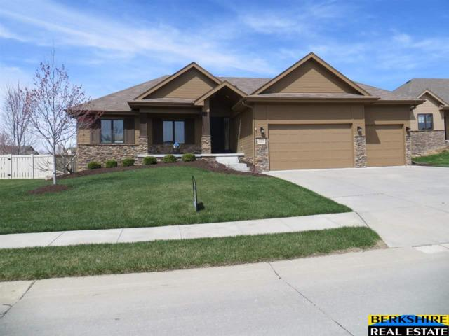 15228 Norwick Drive, Omaha, NE 68116 (MLS #21906903) :: The Briley Team