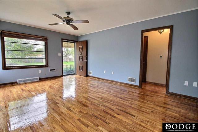 831 E 18th Street, Fremont, NE 68025 (MLS #21906941) :: Dodge County Realty Group
