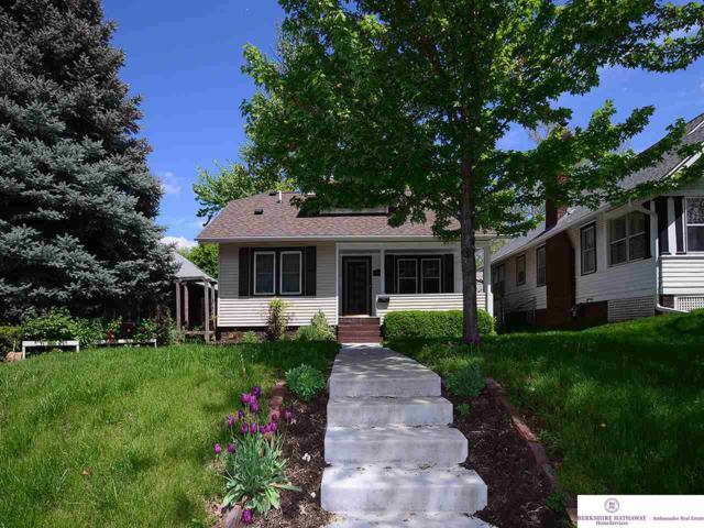 4540 William Street, Omaha, NE 68106 (MLS #21908892) :: Cindy Andrew Group