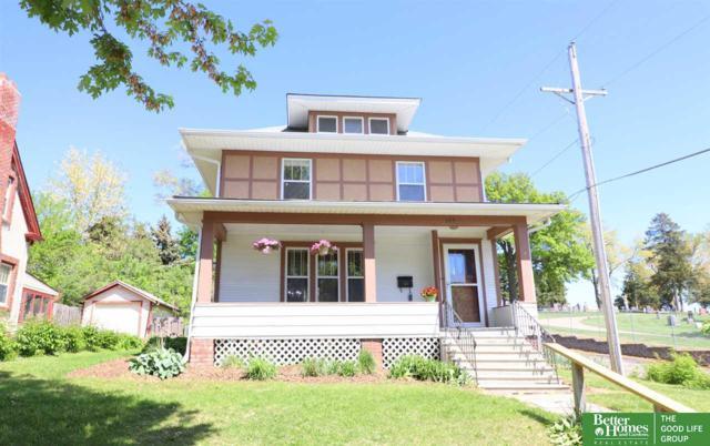 323 S 49th Avenue, Omaha, NE 68132 (MLS #21909422) :: Omaha's Elite Real Estate Group