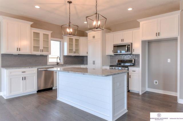 18659 Schofield Drive, Omaha, NE 68136 (MLS #21909518) :: Omaha's Elite Real Estate Group