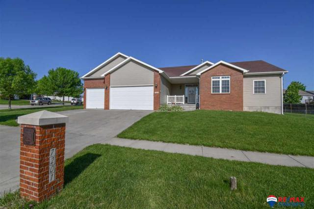 7201 Silverthorn Drive, Lincoln, NE 68521 (MLS #21909590) :: Dodge County Realty Group