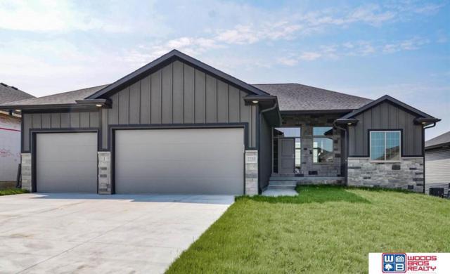 7733 Himalayas Drive, Lincoln, NE 68516 (MLS #21909614) :: Omaha's Elite Real Estate Group