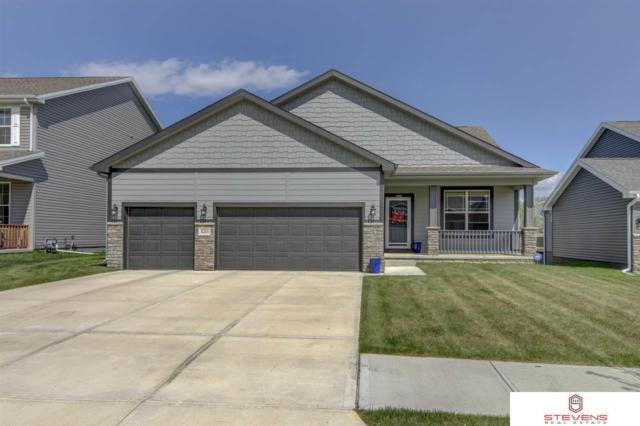 8205 N 172nd Street, Bennington, NE 68007 (MLS #21909663) :: Five Doors Network