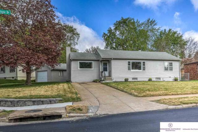 6626 Sunshine Drive, Omaha, NE 68107 (MLS #21909919) :: Complete Real Estate Group