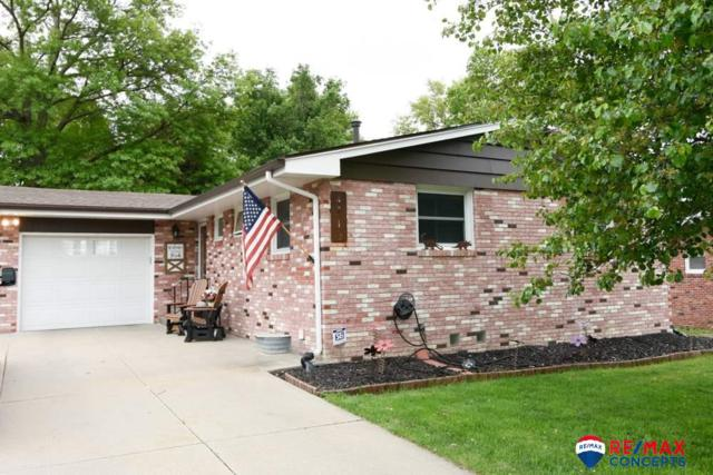 4710 S 44th Street, Lincoln, NE 68516 (MLS #21909920) :: Complete Real Estate Group