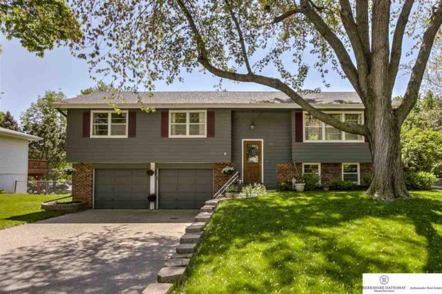 961 Fawn Parkway, Omaha, NE 68154 (MLS #21909921) :: Omaha's Elite Real Estate Group