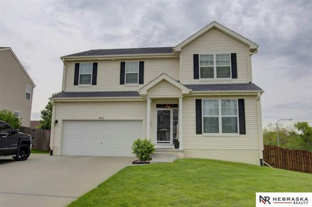 8831 S 163rd Avenue, Omaha, NE 68136 (MLS #21910019) :: Omaha's Elite Real Estate Group
