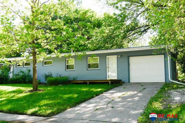 526 Eldora Lane, Lincoln, NE 68505 (MLS #21910040) :: Omaha's Elite Real Estate Group