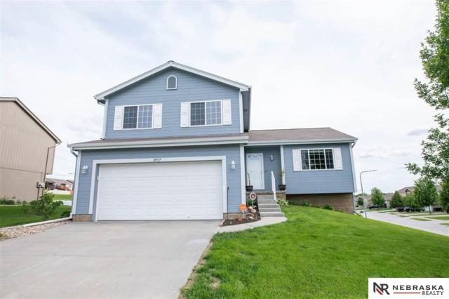 18957 Y Street, Omaha, NE 68135 (MLS #21910162) :: Nebraska Home Sales