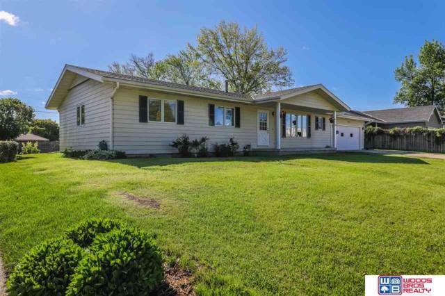 3040 S 11th Street, Lincoln, NE 68502 (MLS #21910212) :: Nebraska Home Sales
