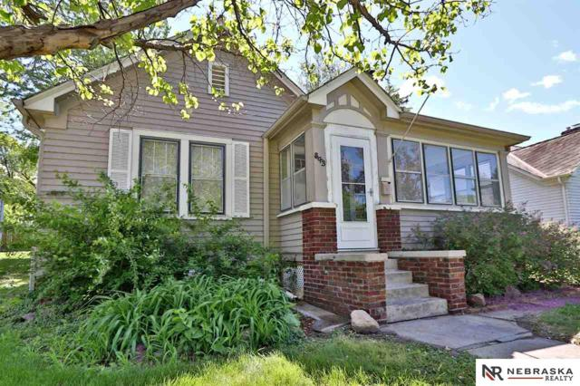 843 S 60th Street, Omaha, NE 68106 (MLS #21910388) :: Five Doors Network