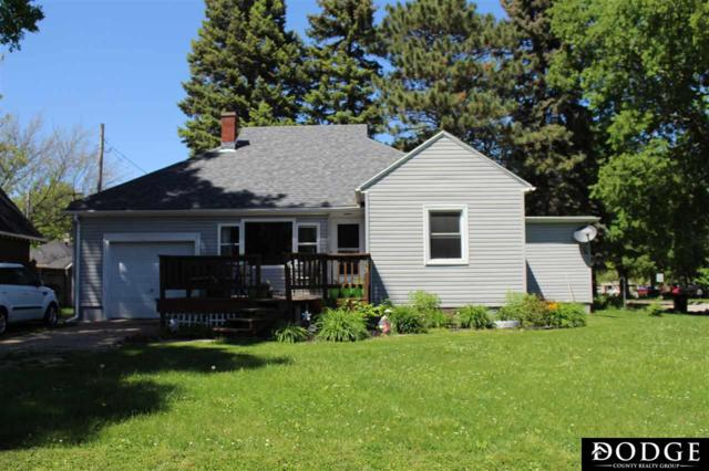 556 E Military Avenue, Fremont, NE 68025 (MLS #21910408) :: Dodge County Realty Group