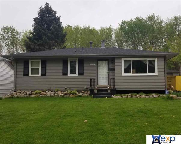 12235 C Street, Omaha, NE 68144 (MLS #21910415) :: Omaha Real Estate Group