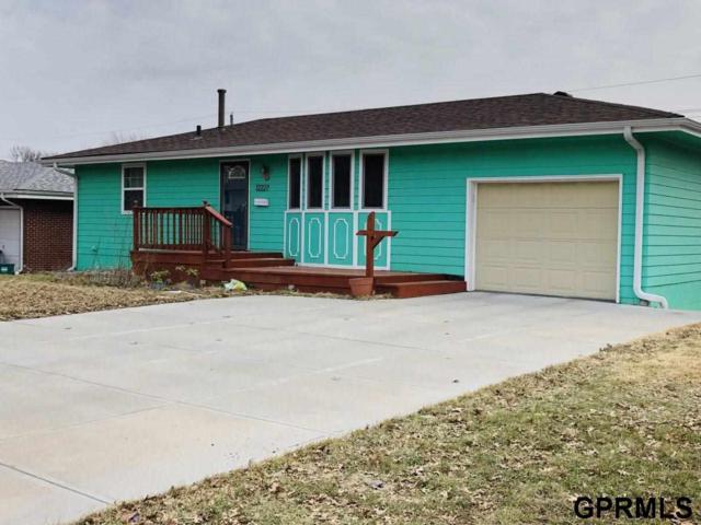 12227 Weir Street, Omaha, NE 68137 (MLS #21910443) :: Omaha's Elite Real Estate Group