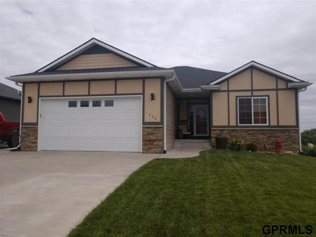 1206 Autumn Road, Hickman, NE 68372 (MLS #21911906) :: Dodge County Realty Group