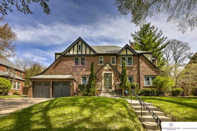 681 N 58 Street, Omaha, NE 68132 (MLS #21912401) :: Omaha's Elite Real Estate Group